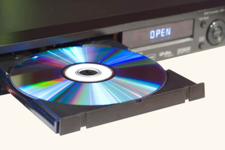 Amazon Kills Movie DVDs in UK & Germany by Closing Lovefilm
