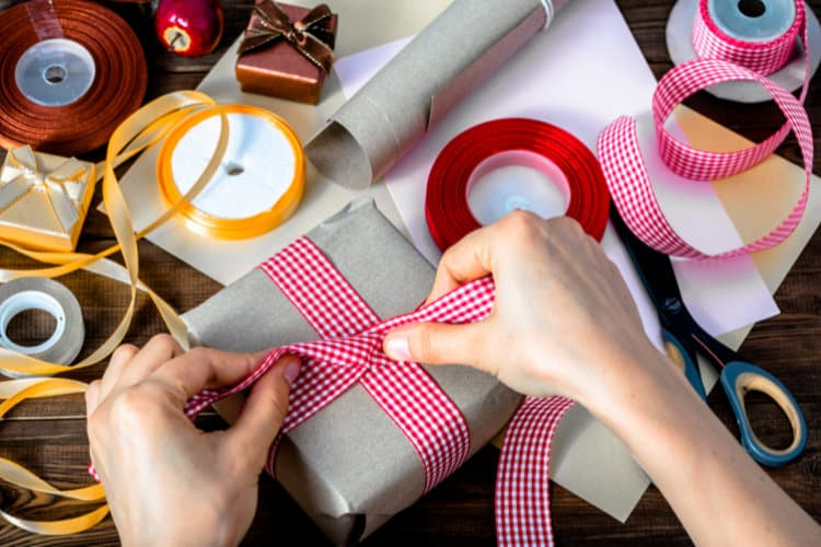 Etsy Releases New Gift Wrapping Option to Sellers