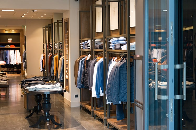 Global Luxury Market Gets Boost From eCommerce And Chinese