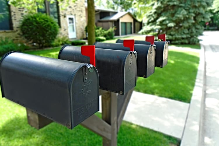 The Best Mailing Tips to Secure Your Holiday Shipments