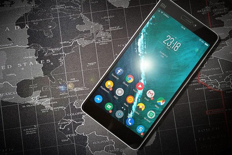 Smartphone Sales Make Up Half of All eCommerce Sales In UK