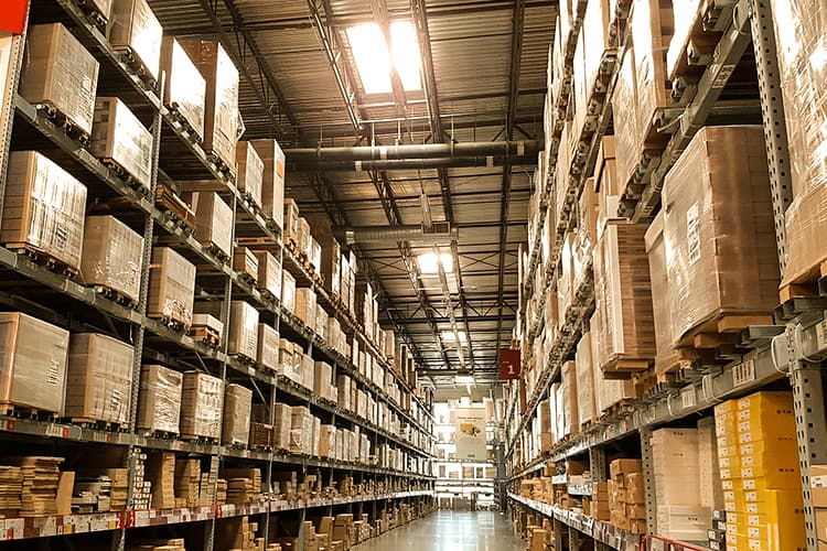 Warehouses Are Getting Bigger as eCommerce Expands