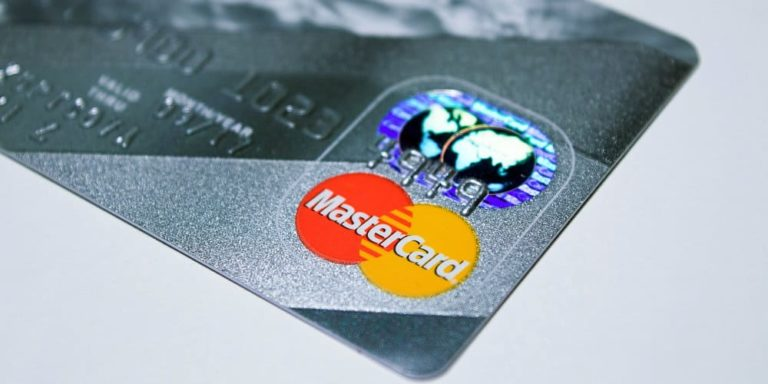 Mastercard Report: US Retail Sales Grew 5.1 Percent This Holiday Season