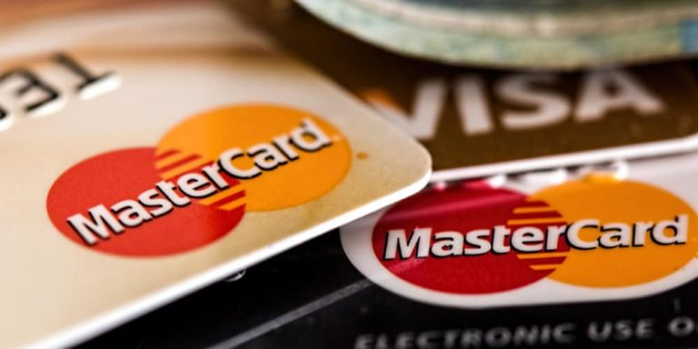 Cards Still Dominate Payments in West – Alternative Payments Rule in Asia