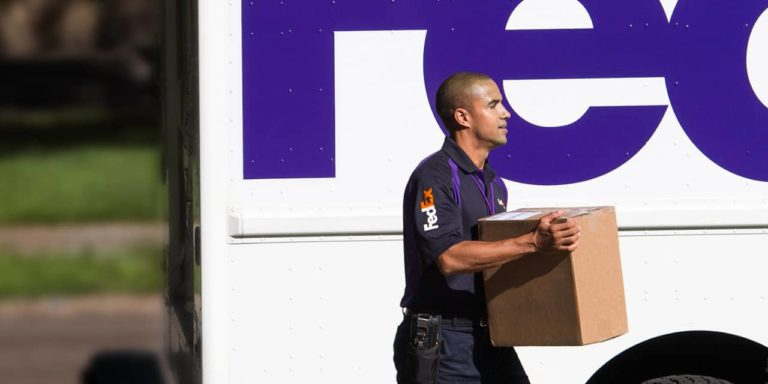 FedEx Express to stop delivering Amazon packages in US