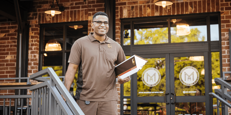 UPS and Stamps.com Sign Agreement to Reduce Shipping Costs for Thousands of Online Merchants