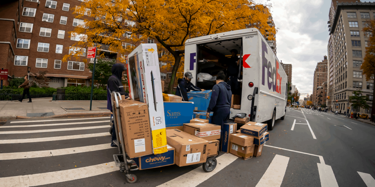 FedEx Expects Volume Spikes on Cyber Monday