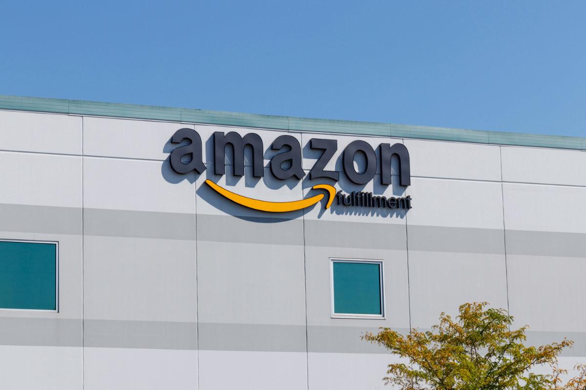 Amazon sign on fulfillment center