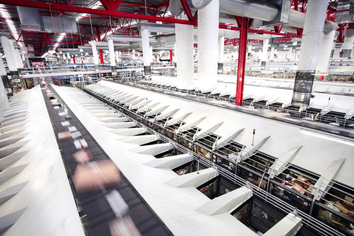 Australia Post parcel sorting facility