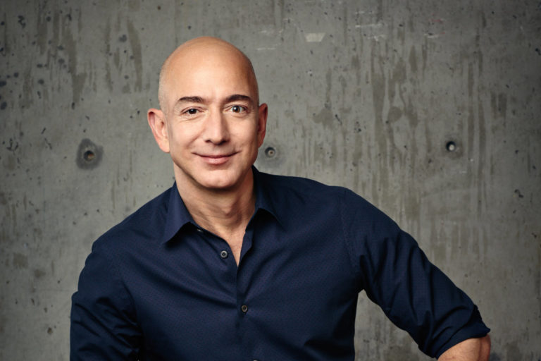 Amazon Founder Jeff Bezos to Step Down as CEO Later This Year
