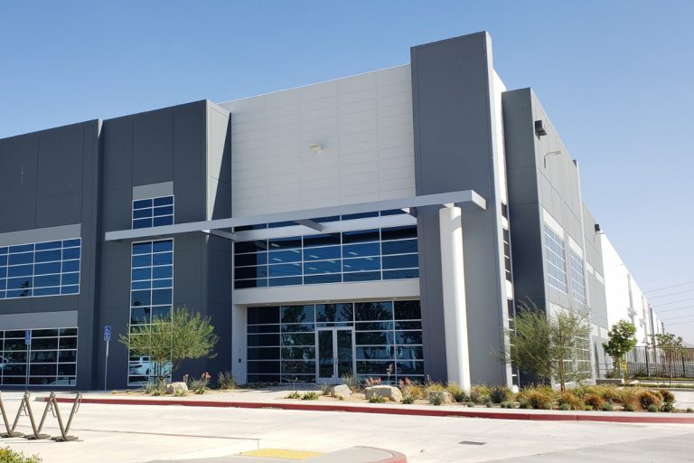 Newegg Expands Logistics Capacity in Los Angeles Area