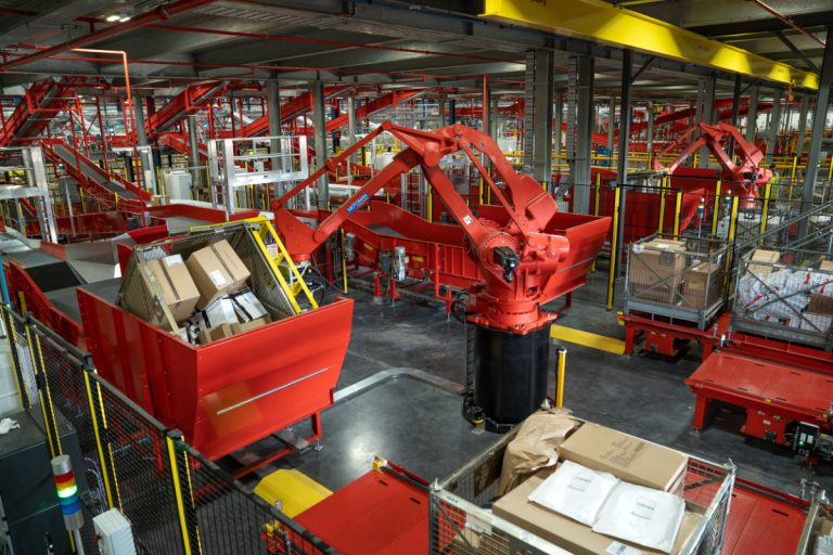 Australia Post Invests Another $400 Million in Infrastructure to Meet Soaring Demand of Online Shopping